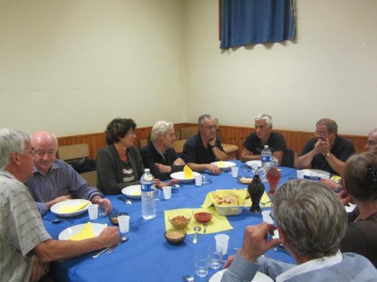 Ensemble des convives du repas 3